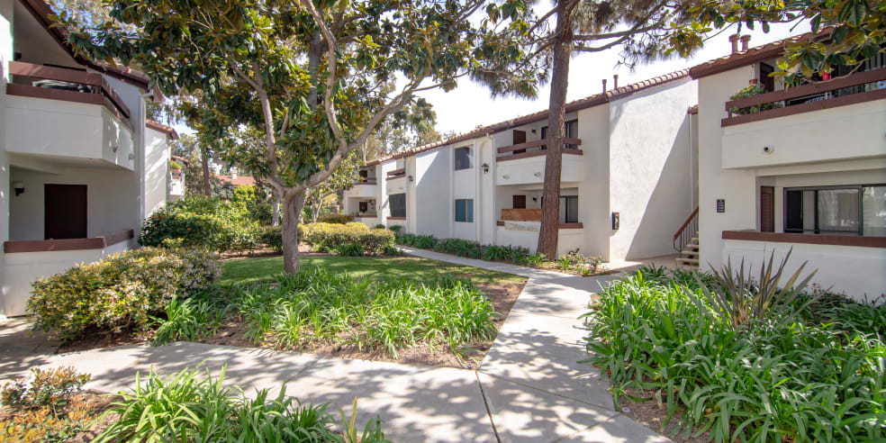 San Diego, California apartments beautiful exterior
