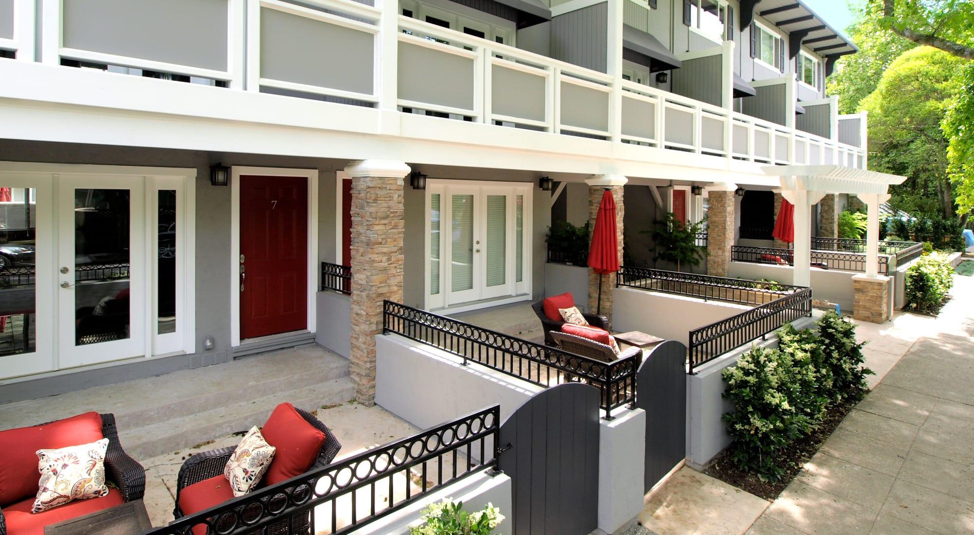 35 Tam luxury apartments in San Anselmo, California