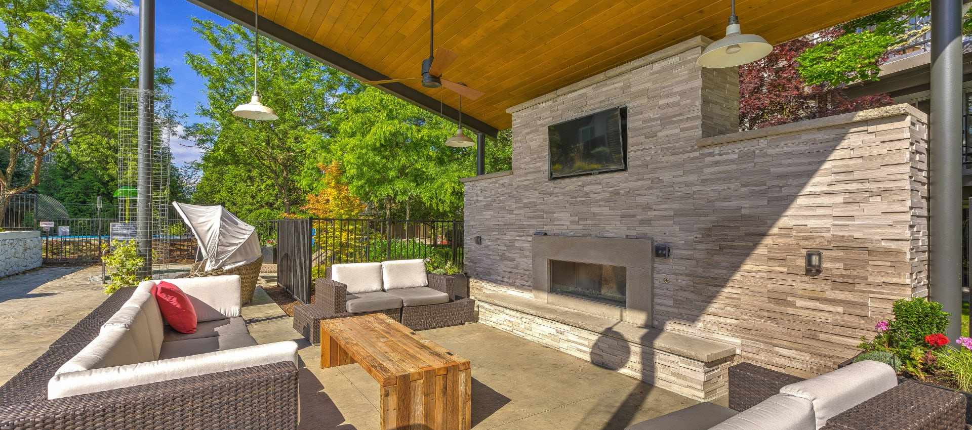 Outdoor Lounge area at Centro Apartment Homes in Hillsboro, Oregon