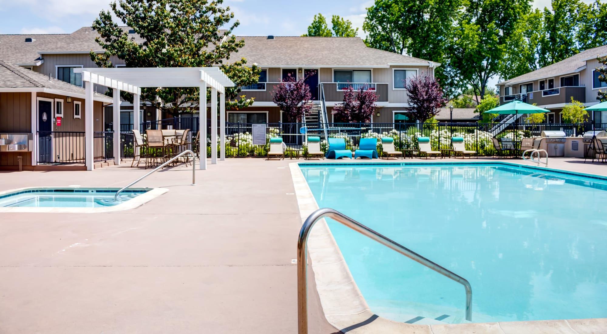 Apply to live at Sofi Berryessa in San Jose, California