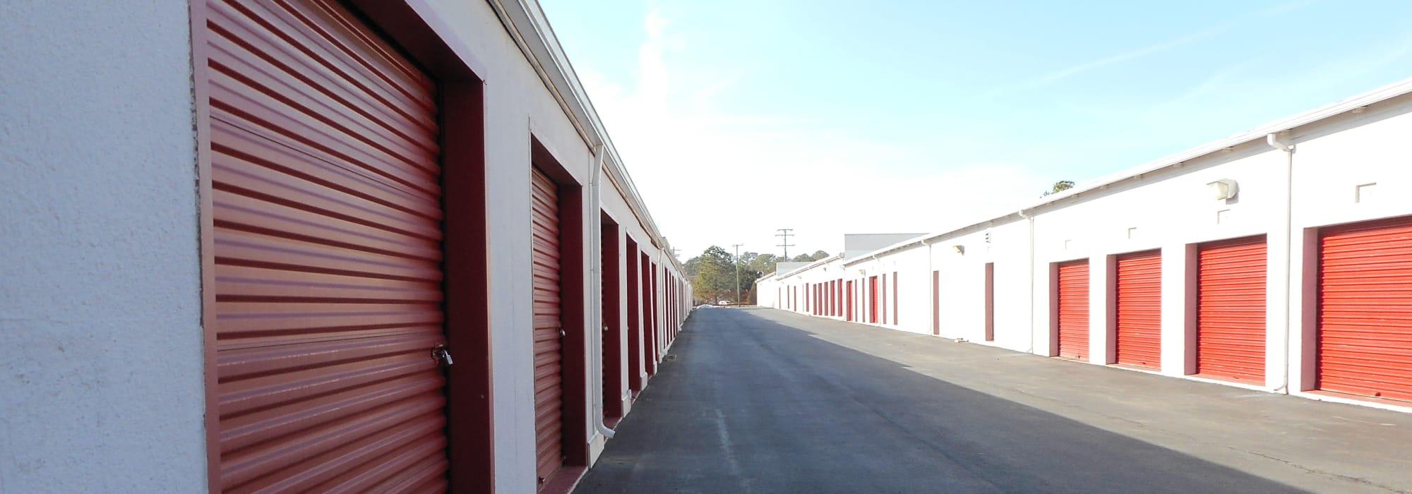Charmant Prime Storage In Williamsburg, VA