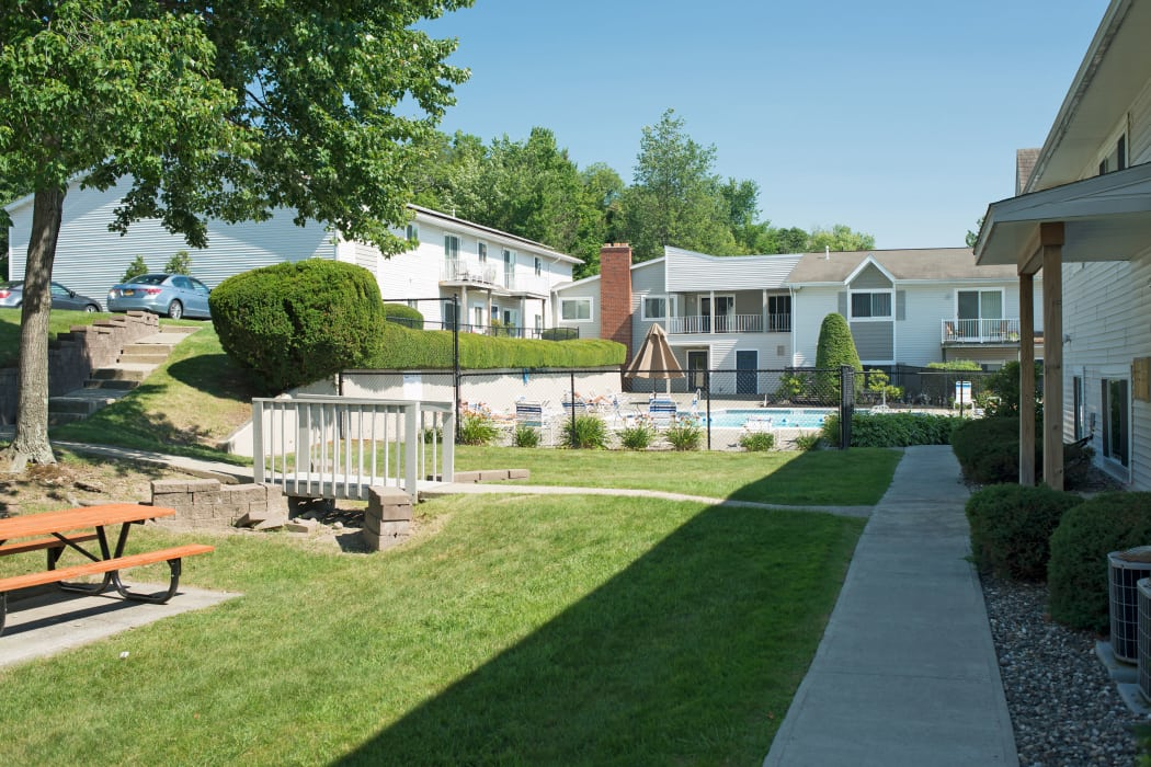 Horizon Ridge Apartments offers a walking paths in East Greenbush, NY