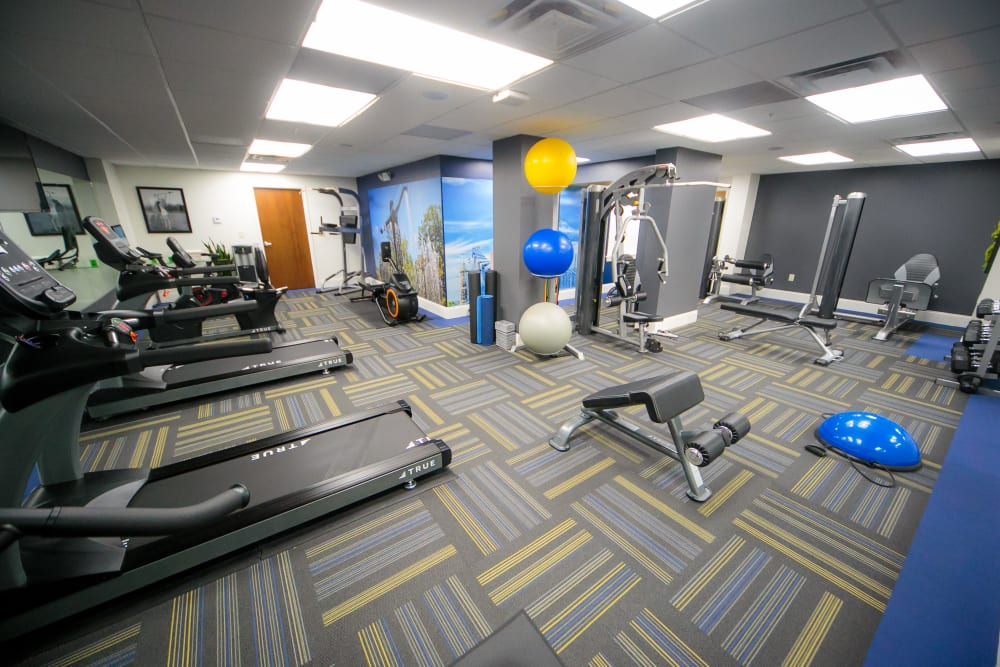 Spacious fitness center at The Reserve at 4th and Race in Cincinnati, Ohio