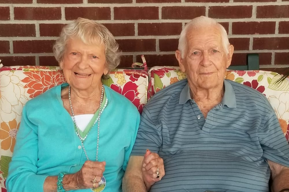 A happy couple at Ashford Place Health Campus in Shelbyville, Indiana