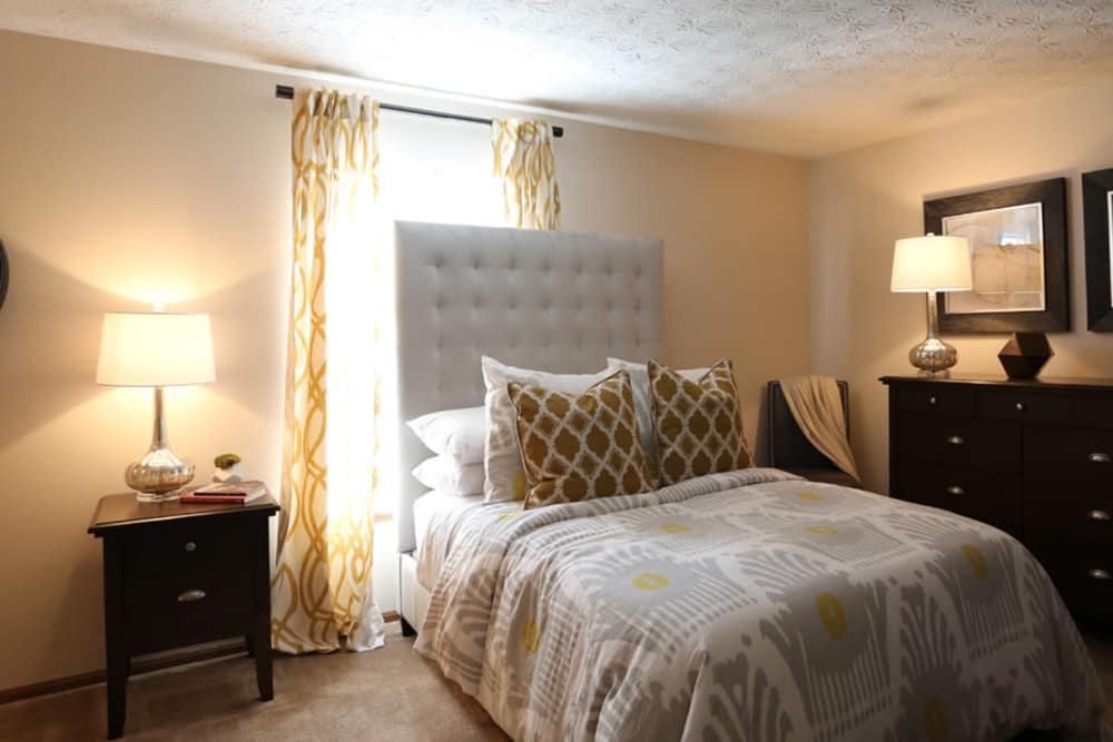 Master bedroom at Enclave at Albany Park in Westerville, Ohio