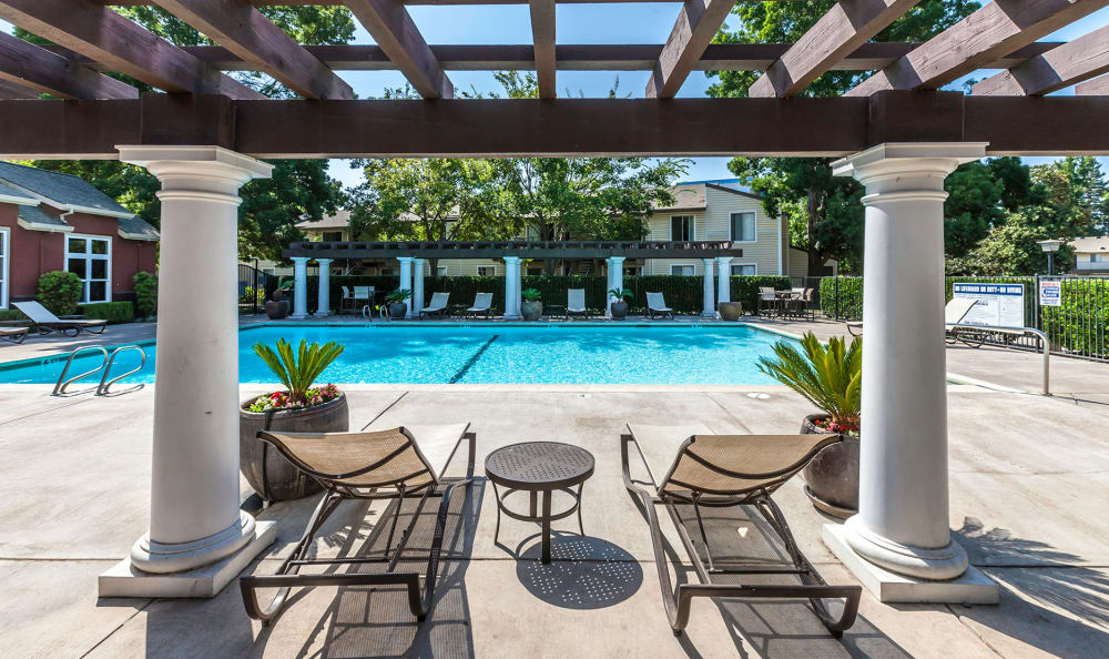 Expansive Pool Deck at The Woodlands Apartments