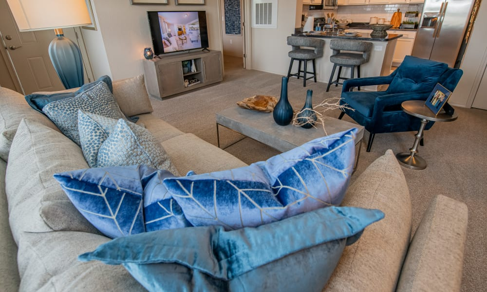 Couch with decorative pillows at Cottages at Crestview in Wichita, Kansas
