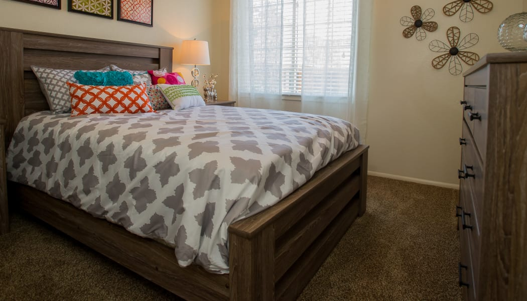Bright bedroom at Sheridan Pond in Tulsa, Oklahoma