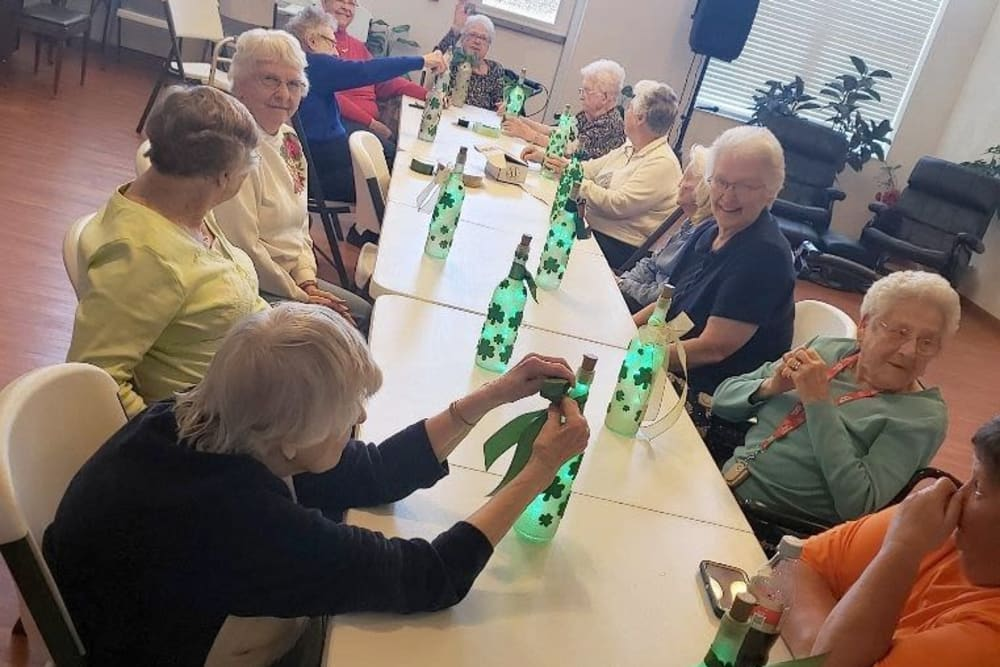 Residents doing crafts at Garden Place Waterloo in Waterloo, Illinois.