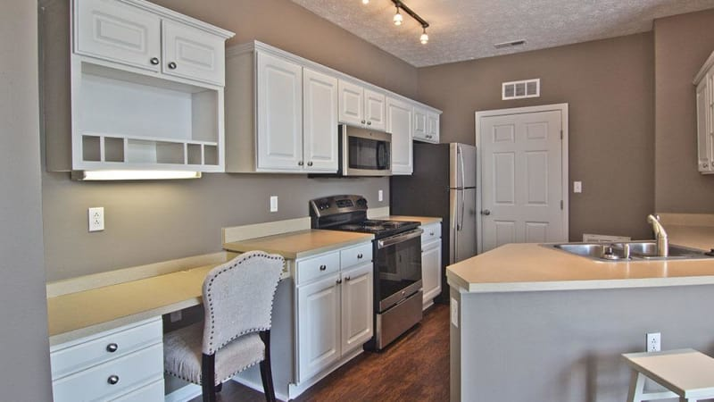Modern kitchen at apartments in Perrysburg, Ohio