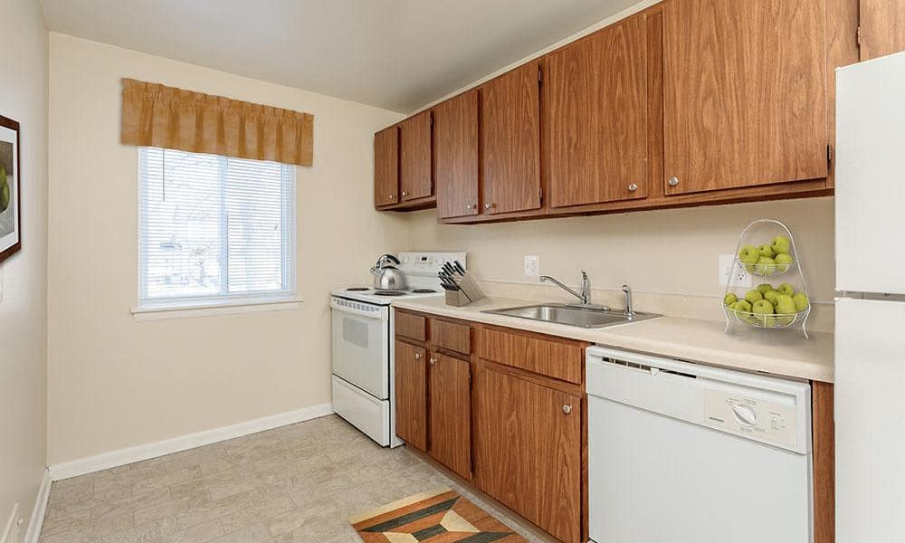 Well-equipped kitchen at Willowbrooke Apartments and Townhomes in Brockport, NY