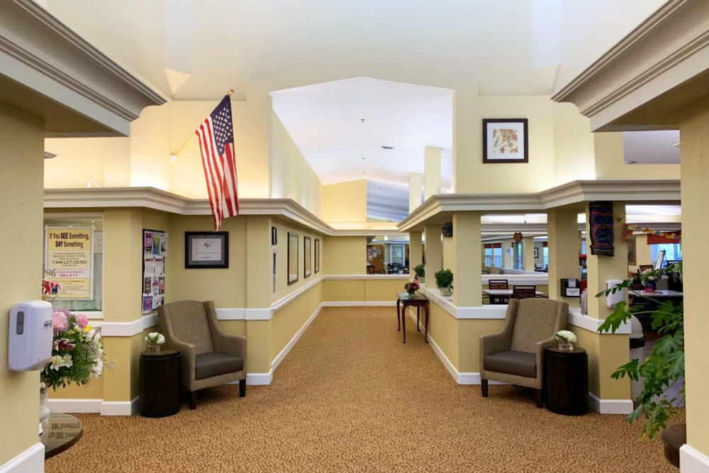 A decorative front hallway at Lassen House Senior Living in Red Bluff, California