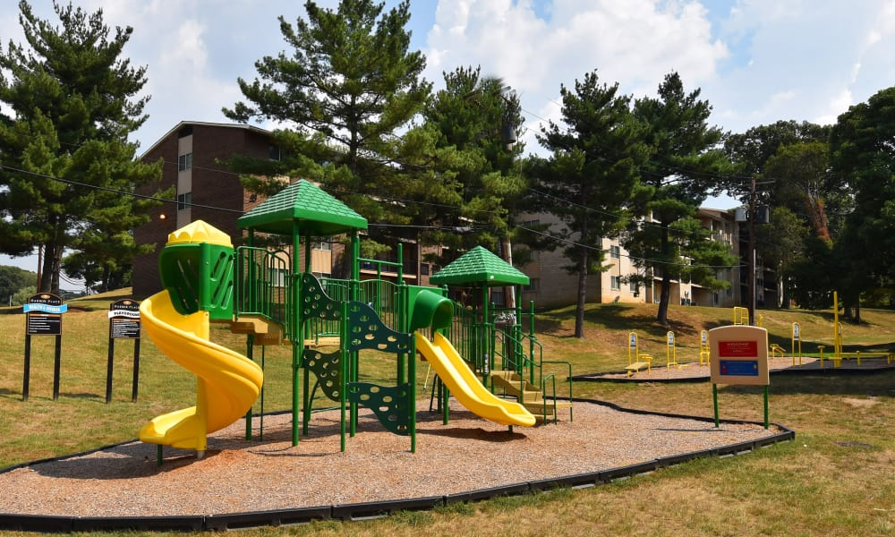 Playground at Harbor Place Apartment Homes
