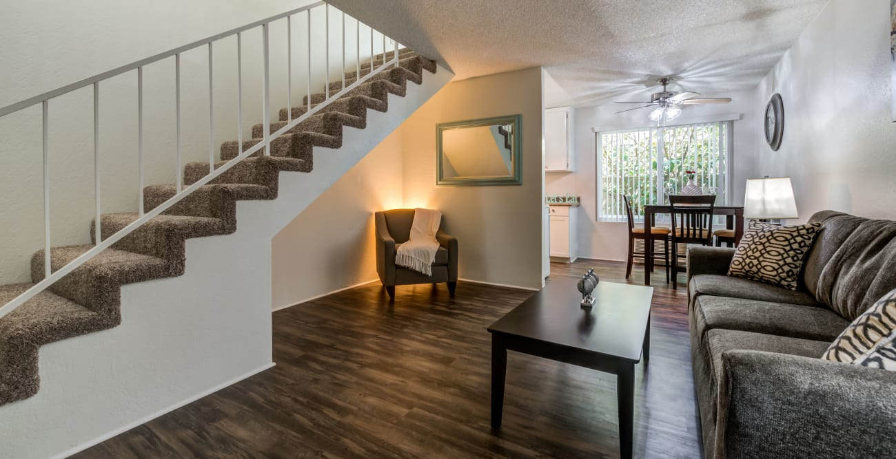 Spacious living area with wood style floors at Vista Pointe I in Studio City, California