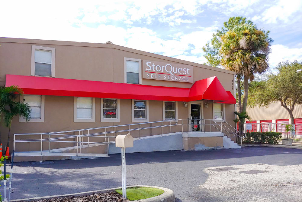 Welcome to storquest self storage