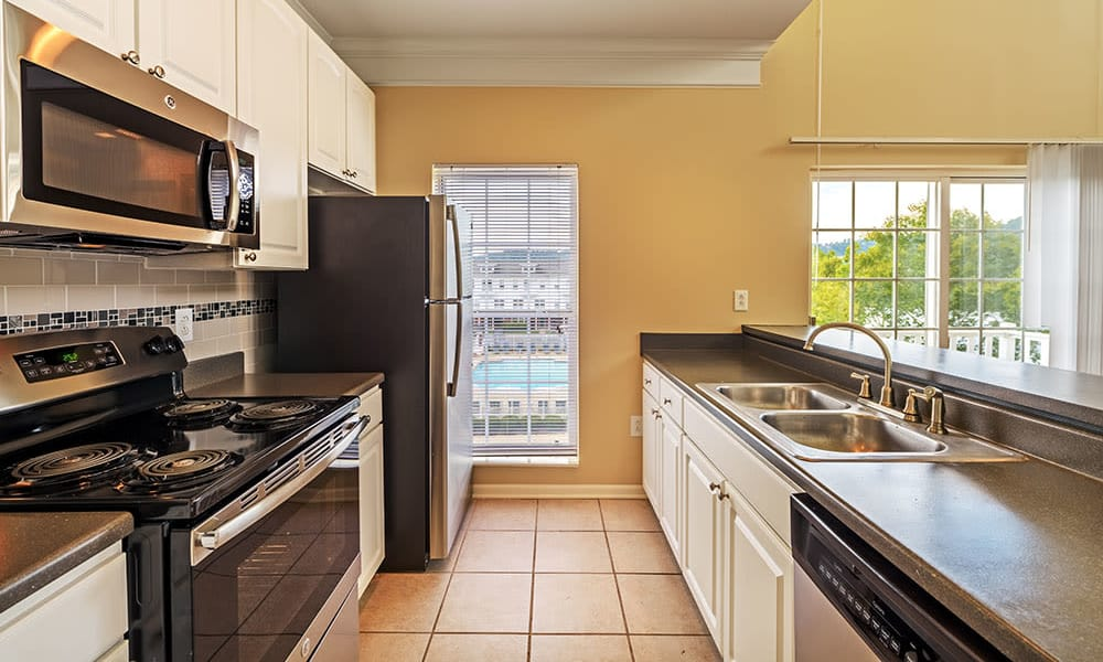 Example kitchen at The Waterfront Apartments