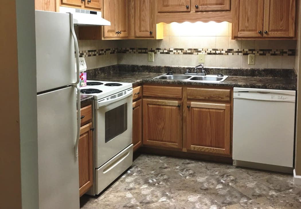Kitchen's custom cabinetry at Willow Run in Clinton, Tennessee