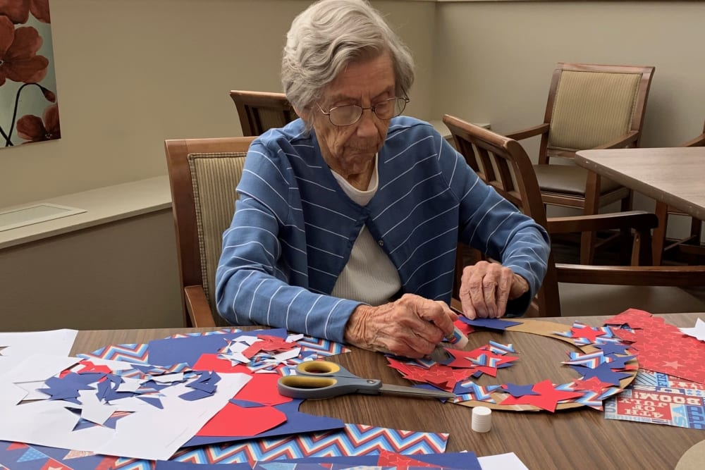 Arts and crafts classes at Brown Deer Place in Coralville, Iowa