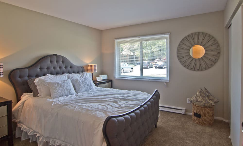 Comfortable bedroom at The Summit at Ridgewood in Fort Wayne, Indiana