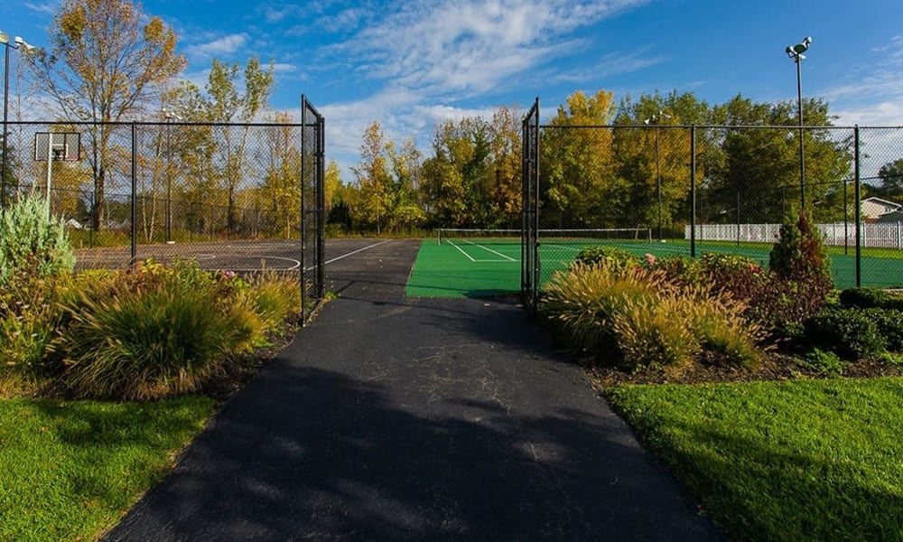 Tennis court at Willowbrooke Apartments and Townhomes in Brockport