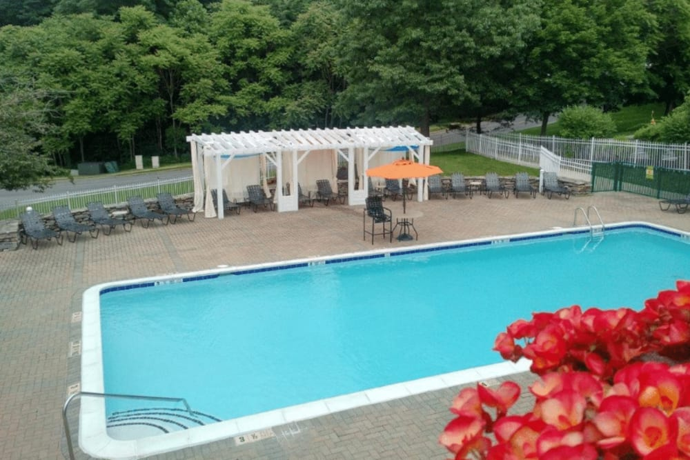 Resort-style swimming pool at Vista Point Apartments in Wappingers Falls, New York
