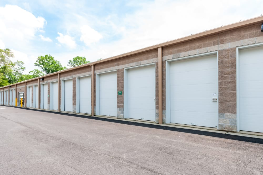 Outdoor access storage units at Metro Self Storage in Mount Laurel