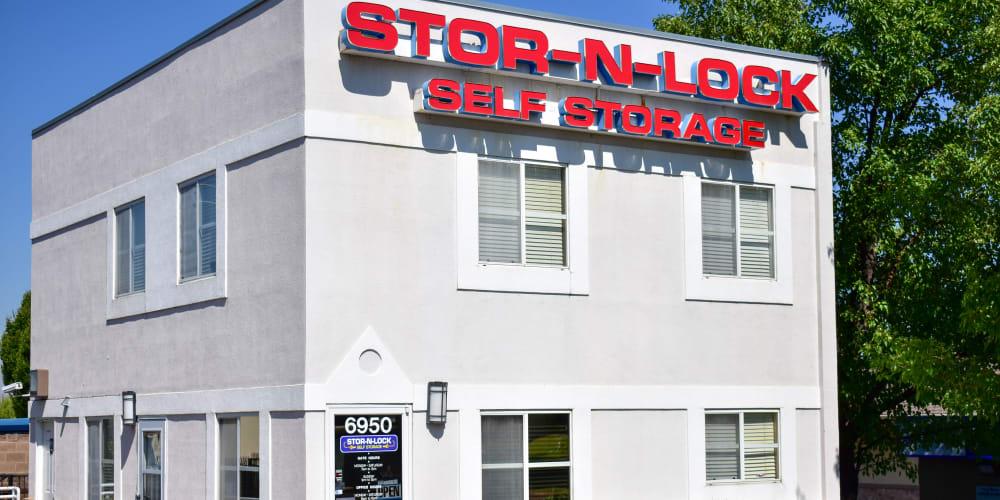 The front entrance to STOR-N-LOCK Self Storage in Cottonwood Heights, Utah
