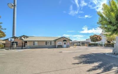 Self Storage in Woodland, CA (Yolo County): Storage Star Woodland