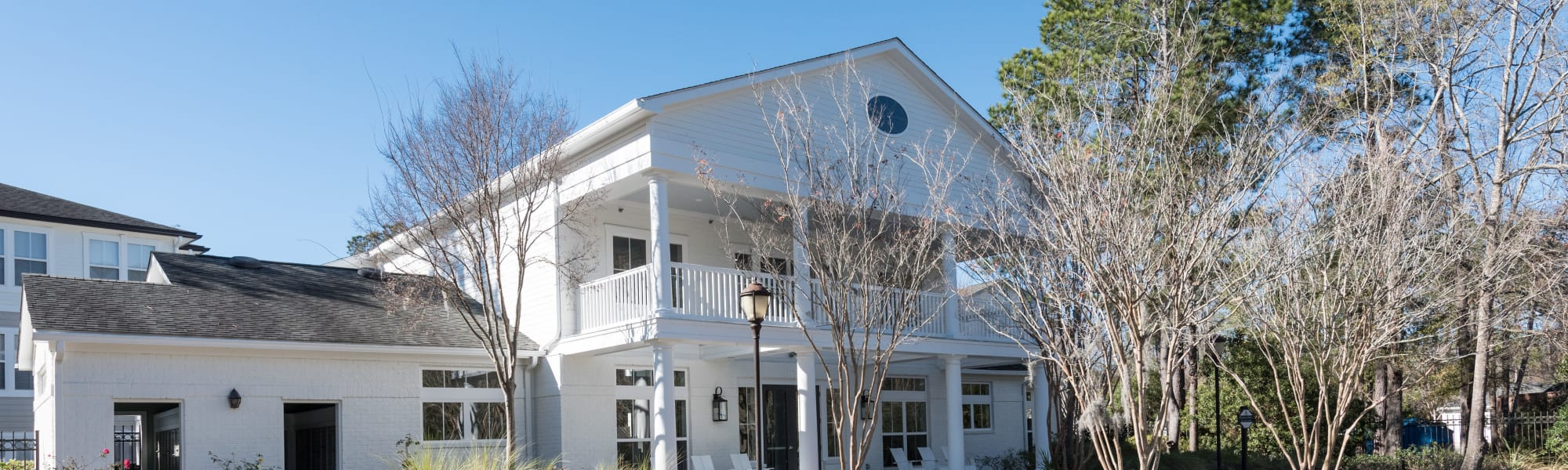 Schedule a tour at Ingleside Apartments in North Charleston, South Carolina
