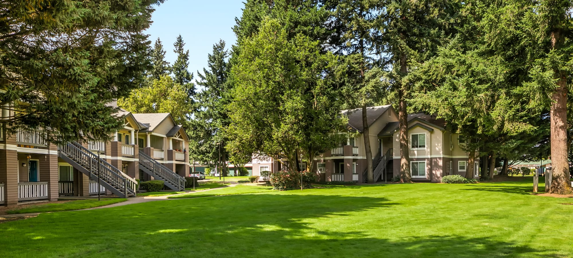 Apartments from Autumn Chase Apartments in Vancouver, Washington