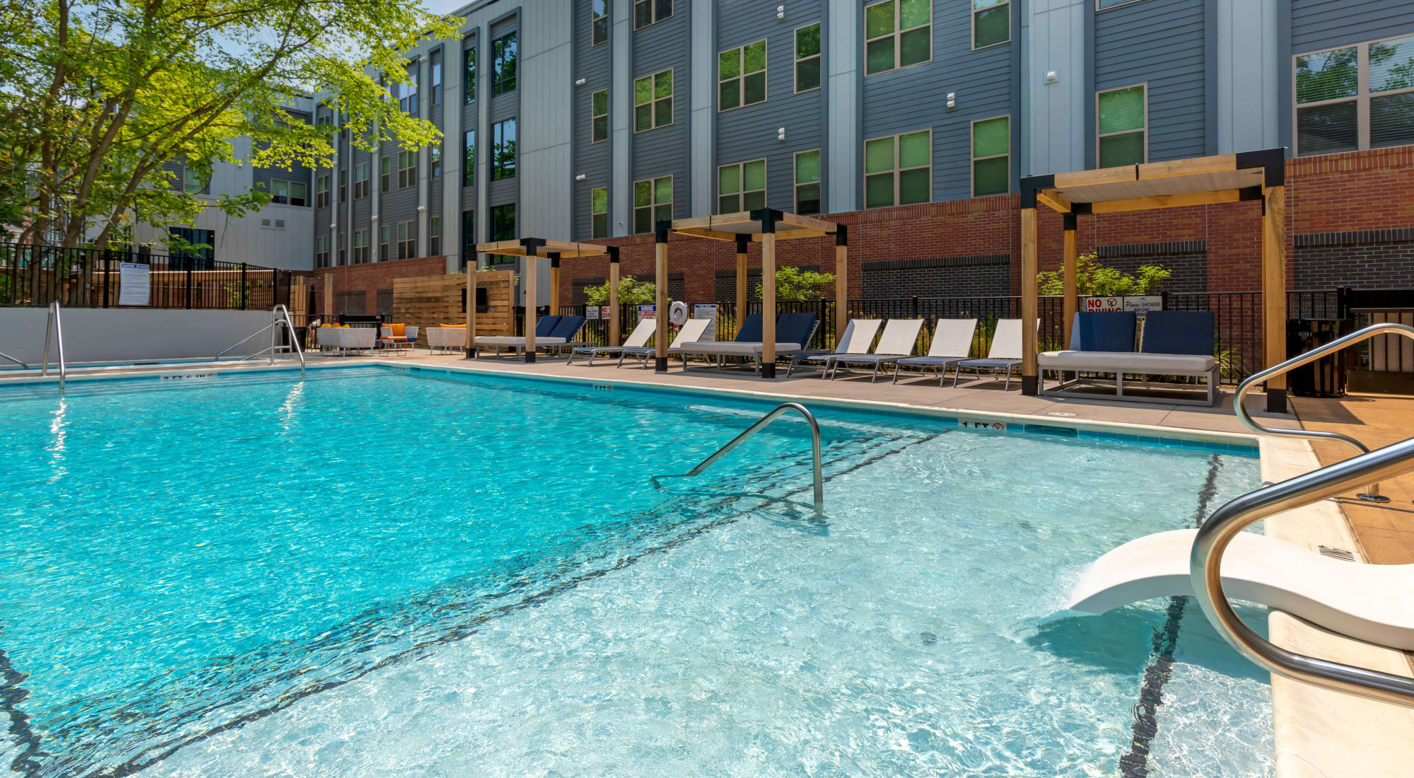 Apartments at UNCOMMON Raleigh in Raleigh, North Carolina