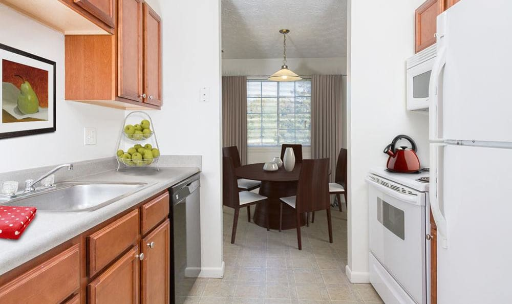Well-equipped kitchen at Waverlywood Apartments & Townhomes in Webster, New York