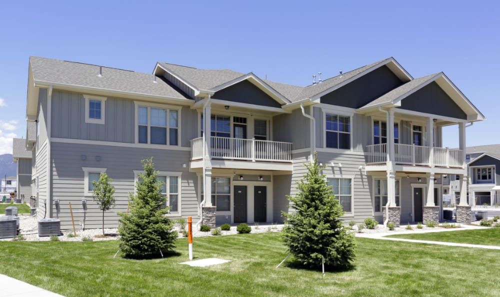 Private Entry Apartments Springs at Allison Valley in Colorado Springs