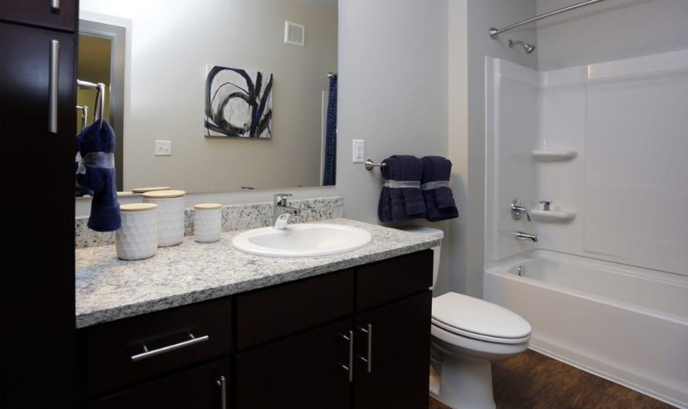 Spacious Apartment Bathrooms in Aurora, Colorado