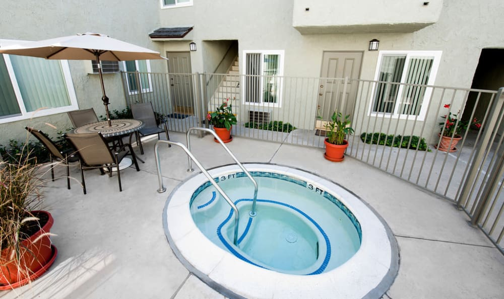 Resort-style swimming hot tub at The Terrace apartments for rent in Tarzana, California