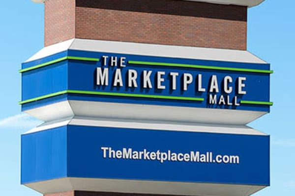 Marketplace mall in Rochester, New York near Ethan Pointe Apartments