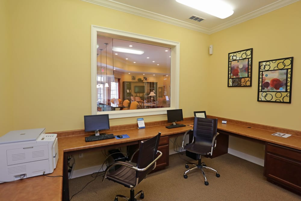 Well-equipped onsite business center at Cahaba Grandview in Birmingham, Alabama