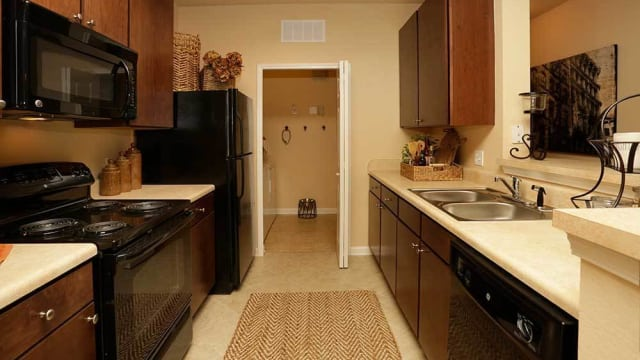 Integra Woods offers a kitchen in Palm Coast, FL