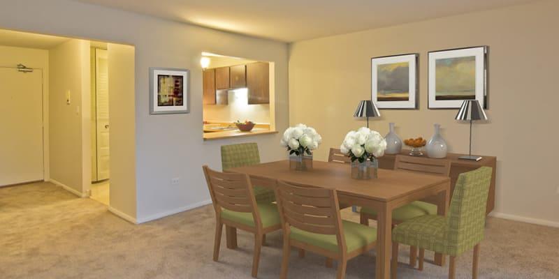Beautiful dining room at Cedar Ridge in Richton Park, Illinois