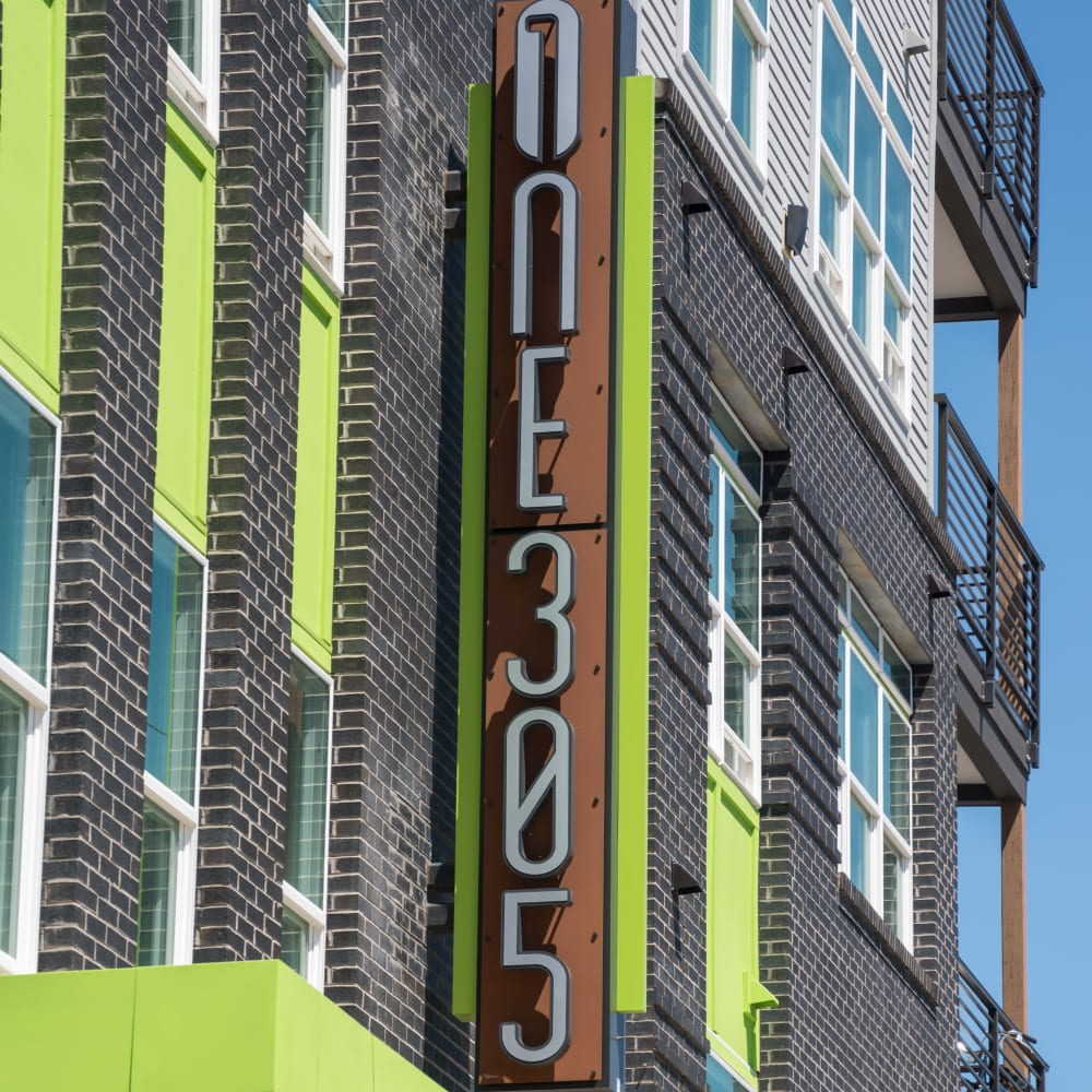 One305 apartments in Charlotte, North Carolina