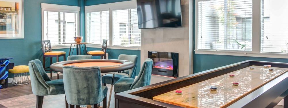 Community game lounge at Elan 41 Apartments in Seattle, Washington