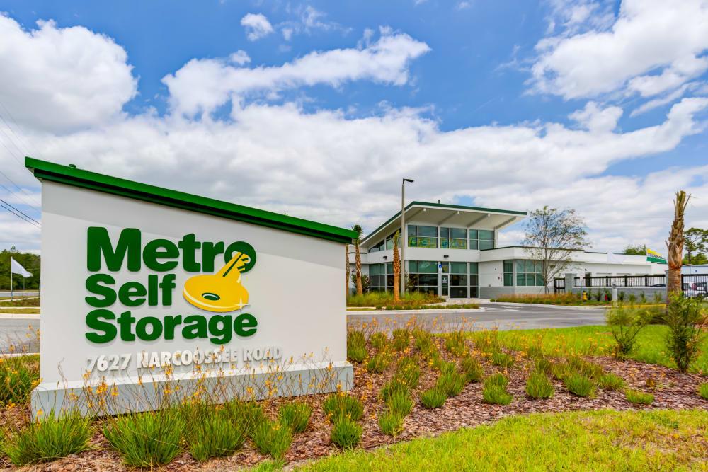 Exterior Sign at Metro Self Storage in Orlando, Florida