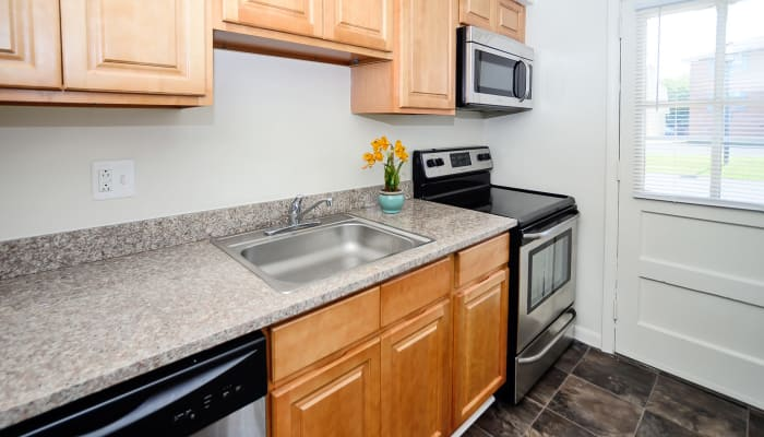 Enjoy apartments with a unique kitchen at Roberts Mill Apartments & Townhomes