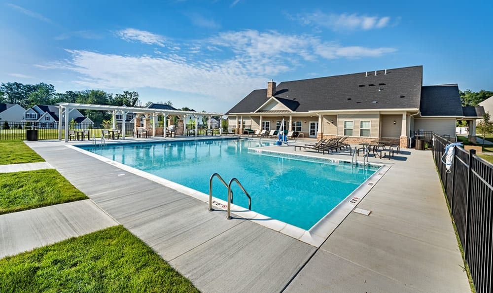 A swimming pool that is great for entertaining at apartments in Cranberry Township, PA