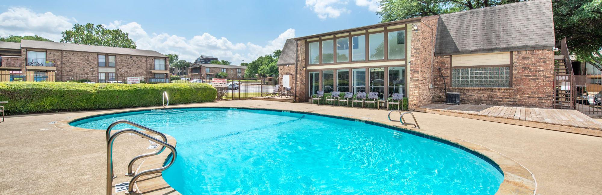 Apartments at 8500 Harwood Apartment Homes in North Richland Hills, Texas