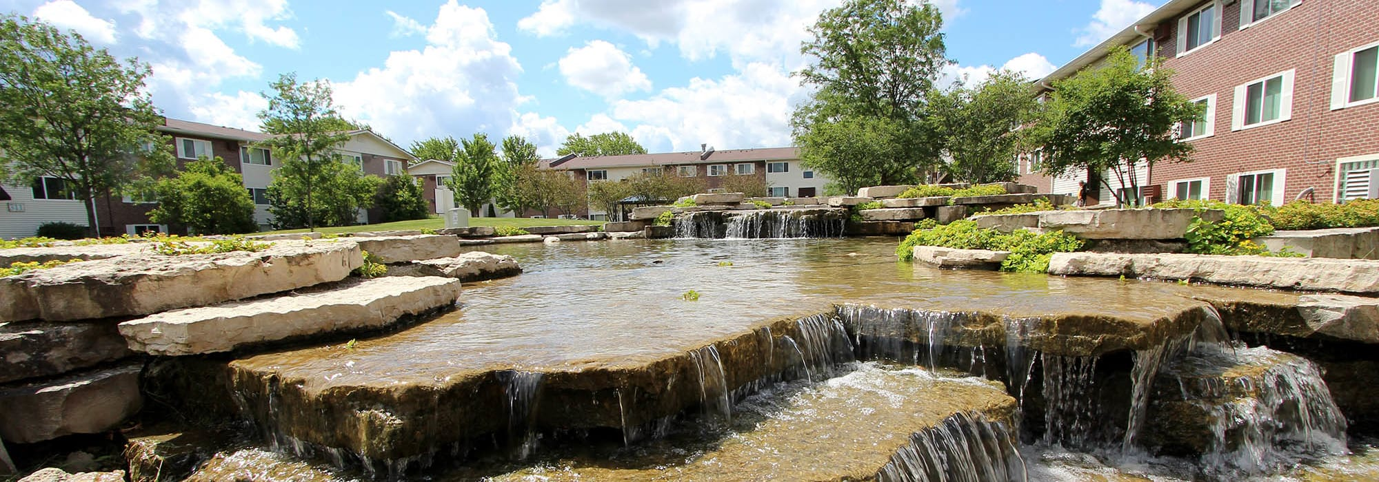Virtual tours of Riverstone Apartments in Bolingbrook, Illinois