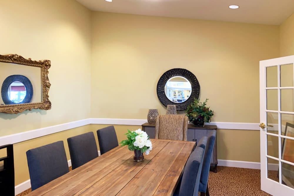 A formal dining room at Lassen House Senior Living in Red Bluff, California