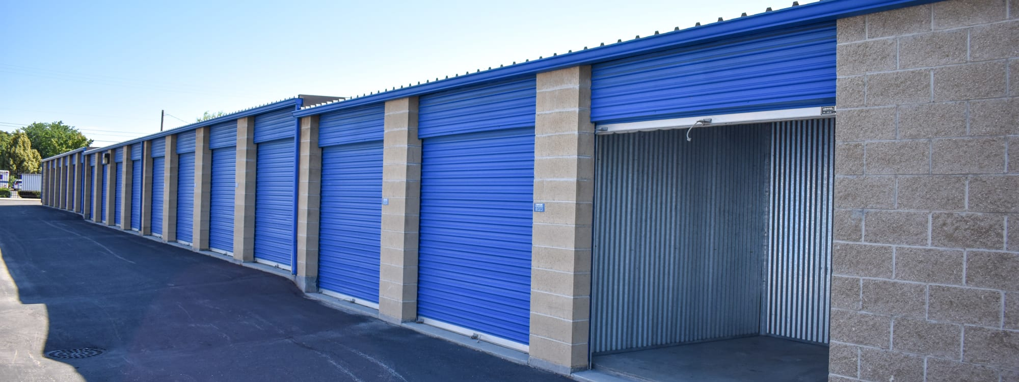 Self storage options at STOR-N-LOCK Self Storage in Boise, Idaho