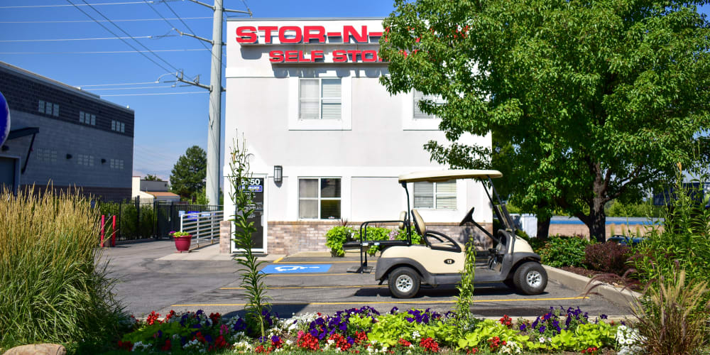 The front of STOR-N-LOCK Self Storage in Cottonwood Heights, Utah