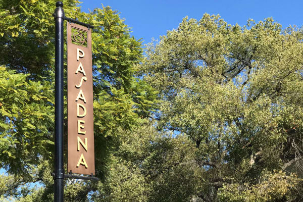 Regency Park Senior Living, Inc. in Pasadena, California signage